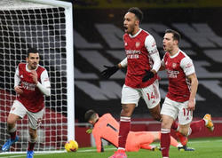 """""""Arsenal""""ın oyununda 6 qol, """"Yunayted"""" autsayderlə bacarmadı"""
