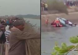 """Avtobus kanala düşdü, <span class=""""color_red"""">40 nəfər öldü - VİDEO</span>"""