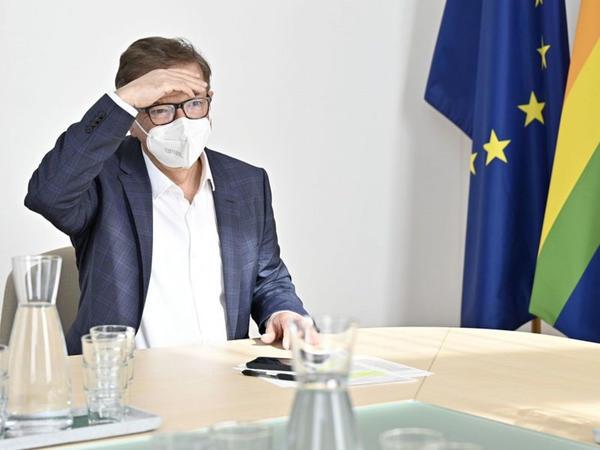 Avstriyada koronavirusa qarşı peyvənd olunmuş şəxslərə müəyyən imtiyazların verilməsi məsələsinə baxılır