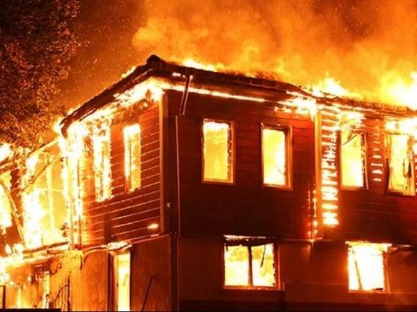 Bakıda və Ağdaşda ev yanıb