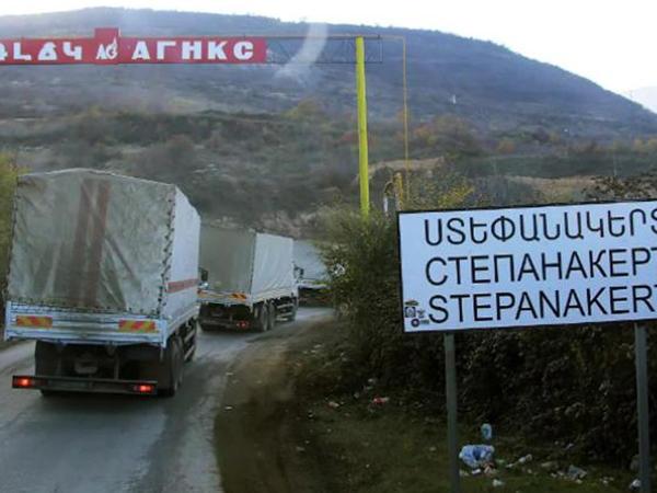 """Ermənistan tikinti materialları adı altında <span class=""""color_red"""">Qarabağa əsgər daşıyır</span>"""