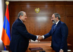 Ermənistan prezidenti Paşinyanla görüşdü