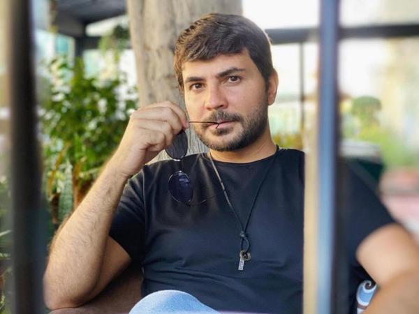 """""""Kameranı evin içinə salıb, vanna otağına qədər göstərirlər"""""""