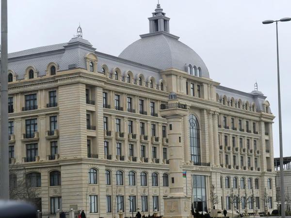 """Prezident İlham Əliyev """"Azərbaycan Xəzər Dəniz Gəmiçiliyi""""nin yeni inzibati binasının açılışında iştirak edib"""