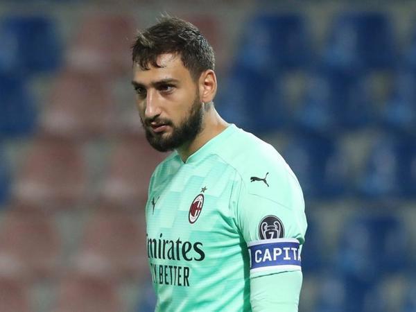 """Raiola üçün """"Milan""""dan bunu tələb edir"""