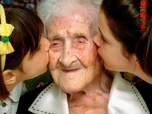 120 yaşlı qadının sağlamlıq sirri - Günə 1 kiloqram şokolad
