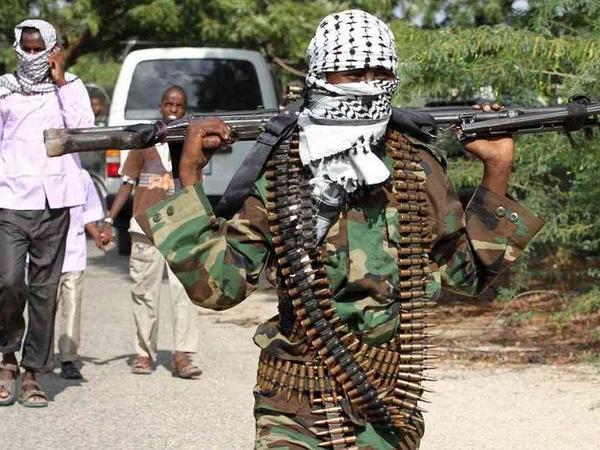 """Somalidə terrorçular həbsxananı ələ keçirdi - <span class=""""color_red"""">Yüzlərlə məhbus buraxıld</span>"""