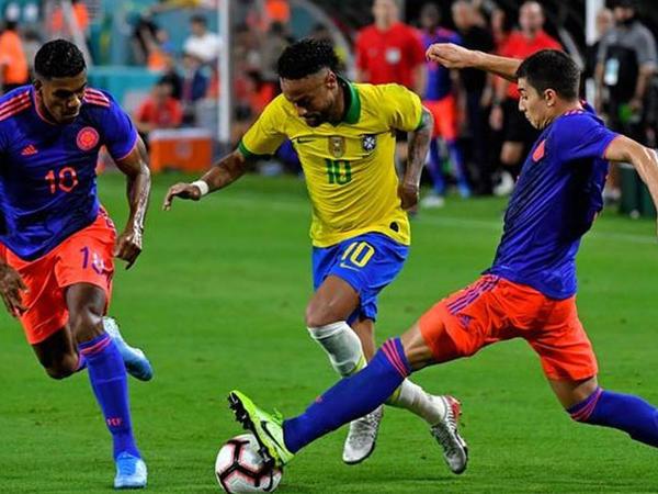 """Kolumbiya - Braziliya oyunu baş tutmaya bilər - <span class=""""color_red"""">Nazir açıqladı</span>"""