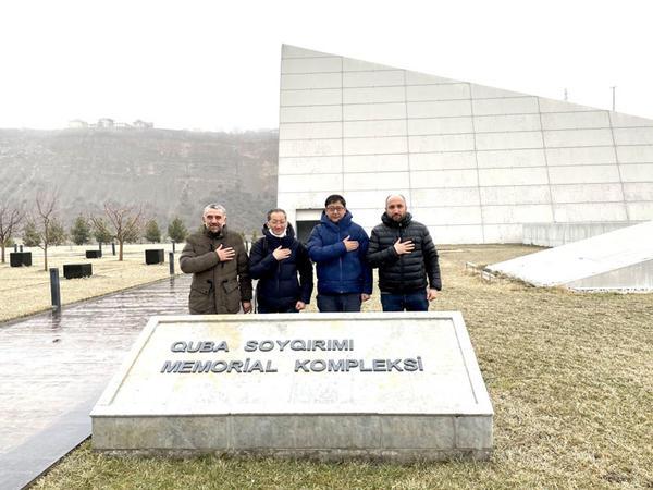 Yaponiyalı iş adamları Quba Soyqırımı Memorial Kompleksini ziyarət ediblər - FOTO