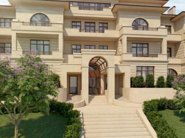 Azərbaycanlı futbolçu Emin Ağalarovun 2 villasını satın aldı