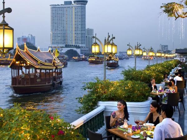 Tailand peyvəndlənən turistlər üçün karantin müddətini iki dəfə azaldacaq
