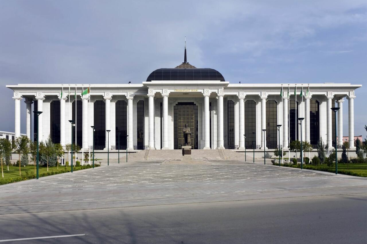 """Türkmənistan Parlamenti """"Dostluq"""" yatağı üzrə Azərbaycanla Memorandumu təsdiqləyib"""