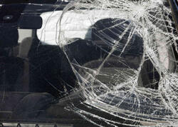 """""""Mitsubishi"""" ilə Salyanda adam vurdu, piyada öldü"""
