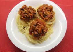 "Bolonez souslu spagetti - <span class=""color_red"">VİDEO</span>"
