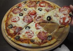 """Pizza hazırlanması qaydası - <span class=""""color_red"""">VİDEO</span>"""
