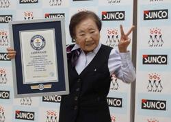Yaponiyada 90 yaşlı qadın dünyanın ən yaşlı ofis meneceri elan edilib