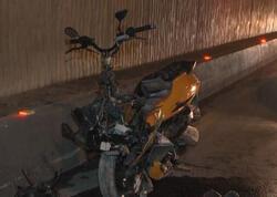 """Nərimanov rayonunda motosiklet avtomobilə çırpıldı - <span class=""""color_red"""">VİDEO</span>"""
