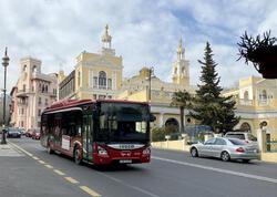 Deputatdan həftəsonu avtobusların işləməməsinə etiraz