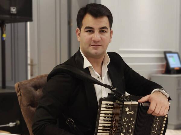 Azərbaycanlı musiqiçi koronavirusdan vəfat etdi