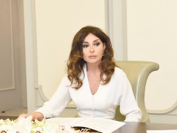 Birinci vitse-prezident Mehriban Əliyeva SMA xəstəliyindən əziyyət çəkən Tunarla bağlı tapşırıq verdi