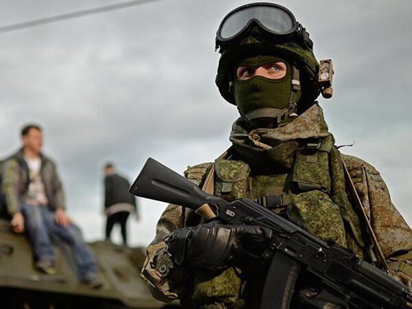 """Rusiya Ukraynaya hücum edəcək? - <span class=""""color_red"""">ABŞ generalı</span>"""