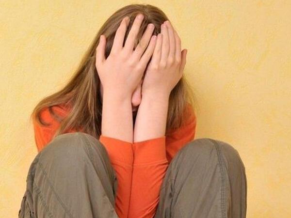12 yaşlı qızlarını pula satan valideynlər saxlanıldı