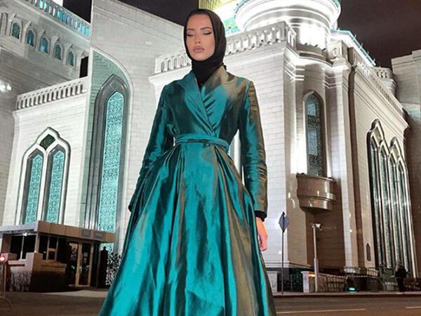 """Modelin hicabda təbriki müzakirə yaratdı - <span class=""""color_red"""">FOTO</span>"""