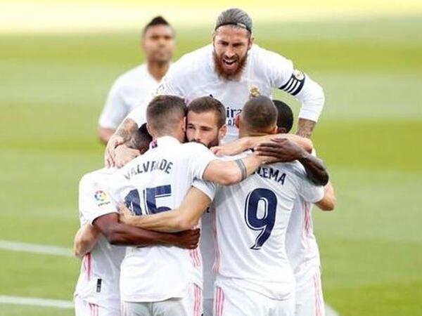 """""""Real"""" 8 futbolçusu ilə bağlı qərar verdi"""