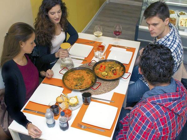 """Dünyanın ən sağlam xalqı ispanlardır: <span class=""""color_red"""">Nə yeyirlər?</span>"""