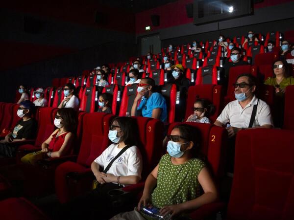 Çində kinoteatrların 4 aylıq kassa yığımı 3 milyard dolları ötüb