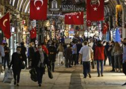 Türkiyədə son sutkada koronavirusdan 55 592 nəfər sağalıb