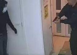 """Rusiyada mağazaya basqın: Bir azərbaycanlı öldürüldü, biri... - <span class=""""color_red"""">HADİSƏ ANI - VİDEO</span>"""