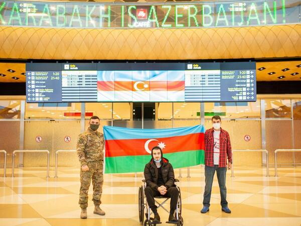 Türkiyəyə göndərilən daha 2 qazimiz sağalaraq Azərbaycana qayıtdı
