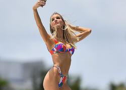 """Modellərin hovuz ətrafında bikini FOTOları yayıldı - <span class=""""color_red"""">Hamını heyran qoydular </span>"""