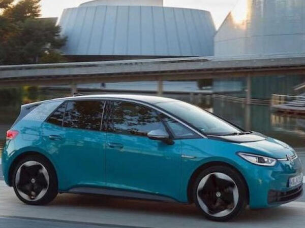 Volkswagen yeni hetçbekini təqdim etməyə hazırlaşır