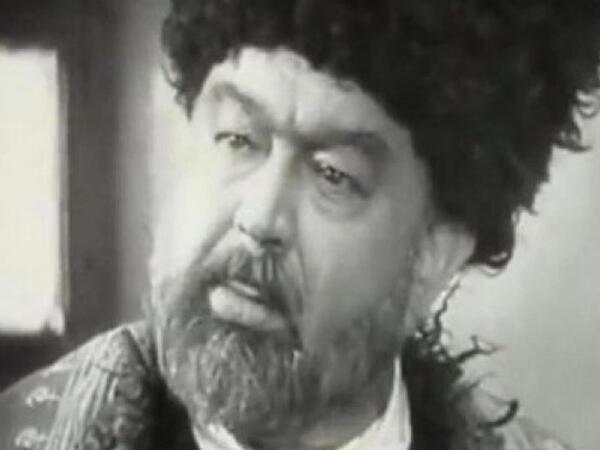 """Gizlin dəfn edilən böyük aktyor - <span class=""""color_red""""> Ermənini kinostudiyadan qovub</span>"""