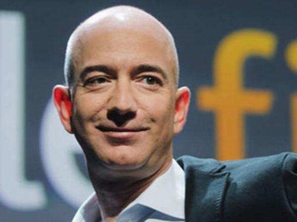 """""""Amazon""""un rəhbəri 2,5 milyard dollarlıq şirkət səhmi satdı"""