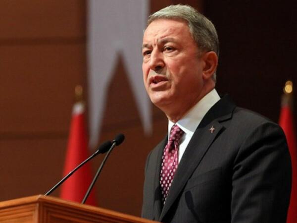 """""""Türkiyə ordusu yanvar ayından indiyədək 1056 terrorçu zərərsizləşdirib"""" - <span class=""""color_red"""">Hulusi Akar</span>"""