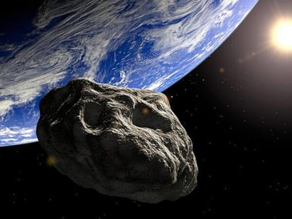 """Böyük asteroid Yer kürəsinə yaxınlaşır - <span class=""""color_red"""">Planetimiz üçün təhlükə var?</span>"""