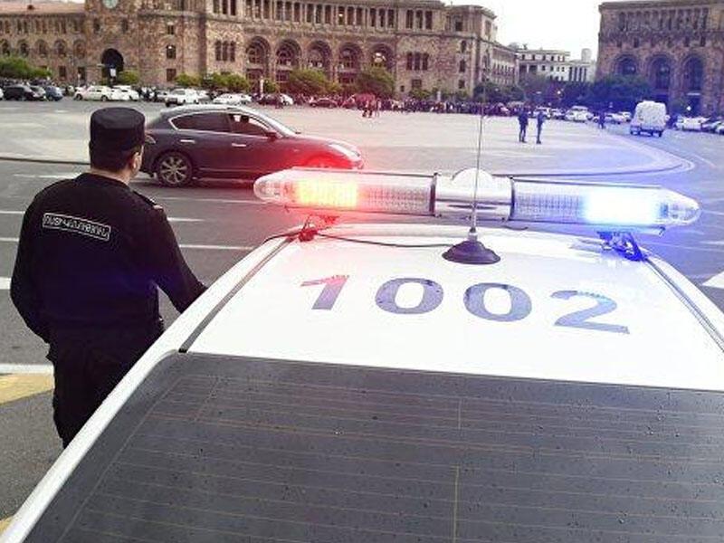 Ermənistan polisi Koçaryanın tərəfdarlarını saxlayır
