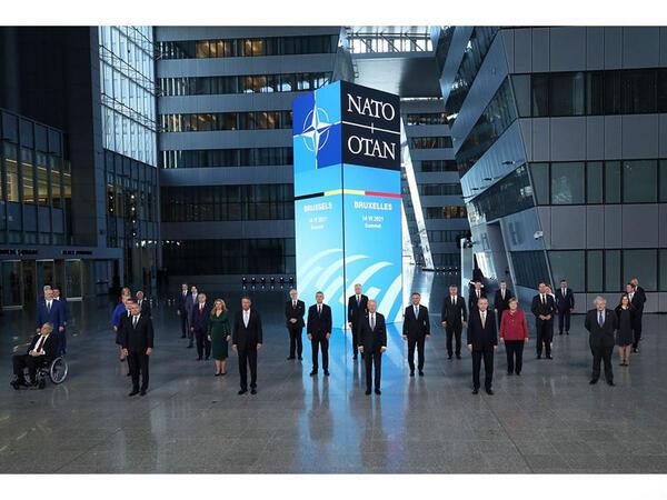 Brüsseldə NATO sammiti başlayıb - FOTO