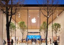 Apple peyvənd olunan müştəriləri mağazalarına maskasız buraxacaq