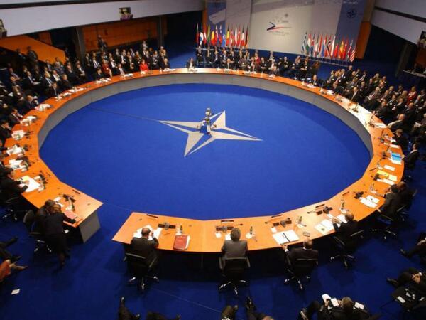 """NATO Bakının strategiyasını <span class=""""color_red""""> təsdiqlədi</span>"""