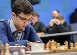 """Şahmat üzrə """"Masters"""" turnirində Nicat Abasov ilk qələbəsini qazanıb"""
