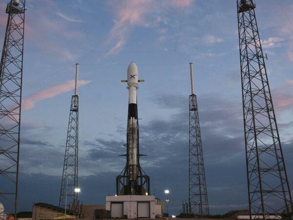 SpaceX yeni GPS peykini orbitə buraxacaq