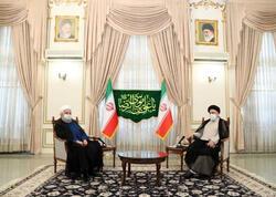 Ruhani yeni seçilən İran prezidentini təbrik edib