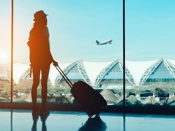 Sloveniya peyvənd olunmadan gələn turistlər üçün karantin tətbiq edir