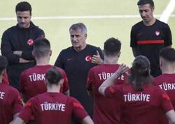 Türkiyəli futbolçular Bakıda dalaşdı