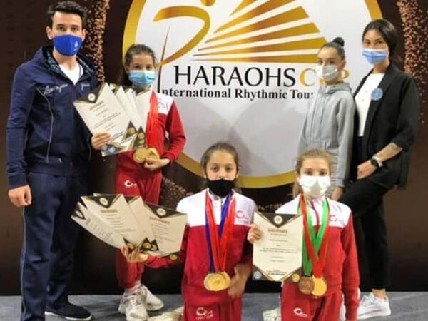 """Bədii gimnastlarımız Misirdən medallarla dönür - <span class=""""color_red"""">FOTO</span>"""