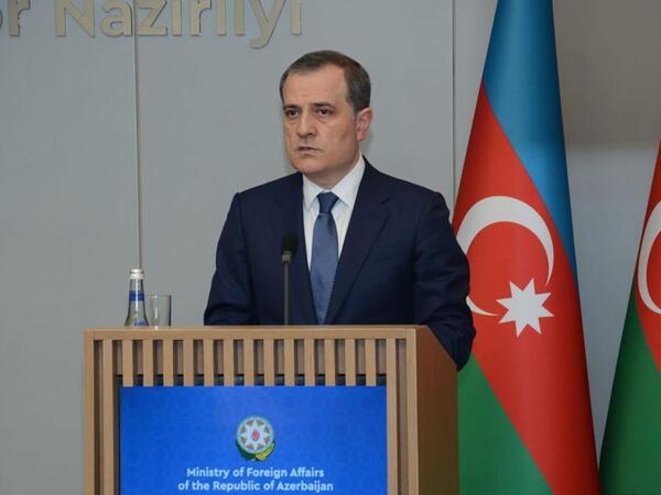 """İnanırıq ki, Ermənistan hakimiyyəti böhrandan düzgün nəticə çıxaracaq - <span class=""""color_red"""">Ceyhun Bayramov</span>"""